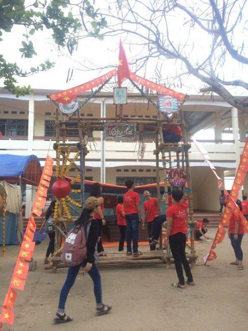 cổng trại